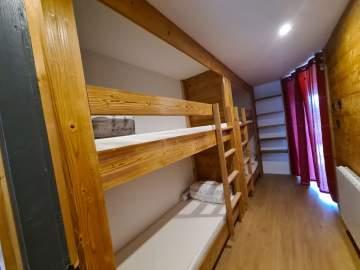 Création de mobilier bois sur-mesure non loin de Foix