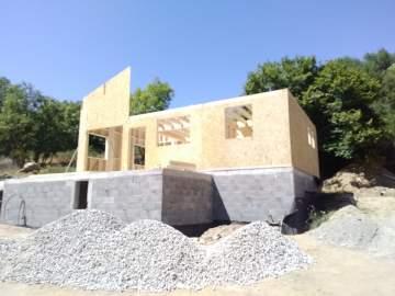 Construction d'une maison en bois à Dorres